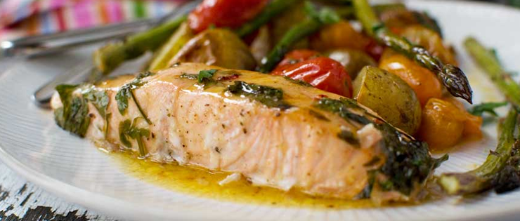 Lemon Butter Salmon with Potatoes and Asparagus