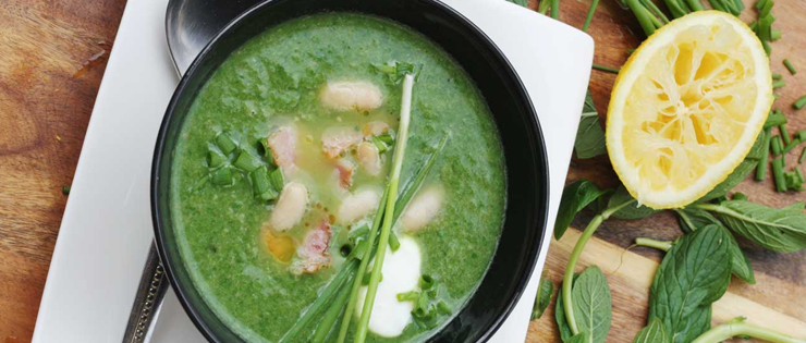 Spinach, Cannellini Bean and Bacon Soup