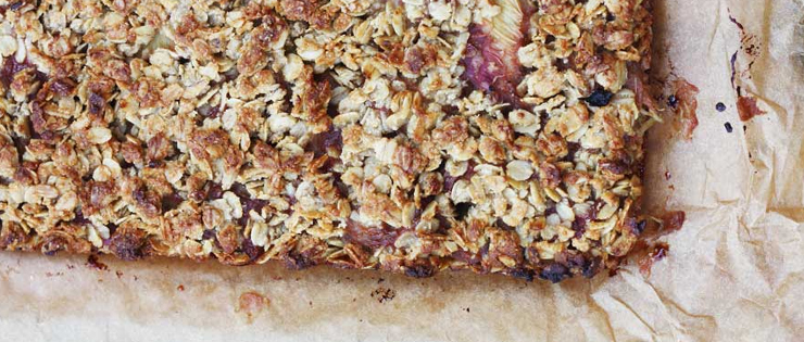 Rhubarb and Ginger Oaty Slice